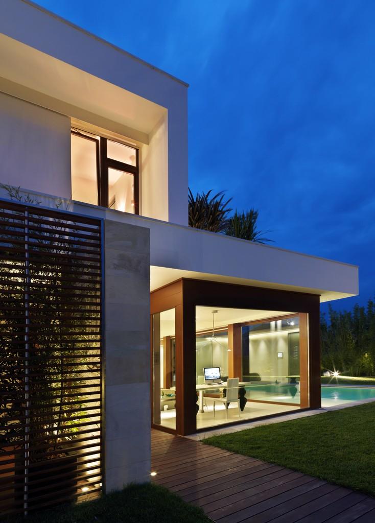 Maison de la Lumière by Damilano Studio Architects 05