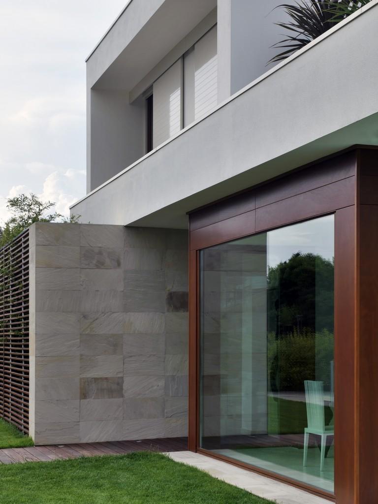 Maison de la Lumière by Damilano Studio Architects 06