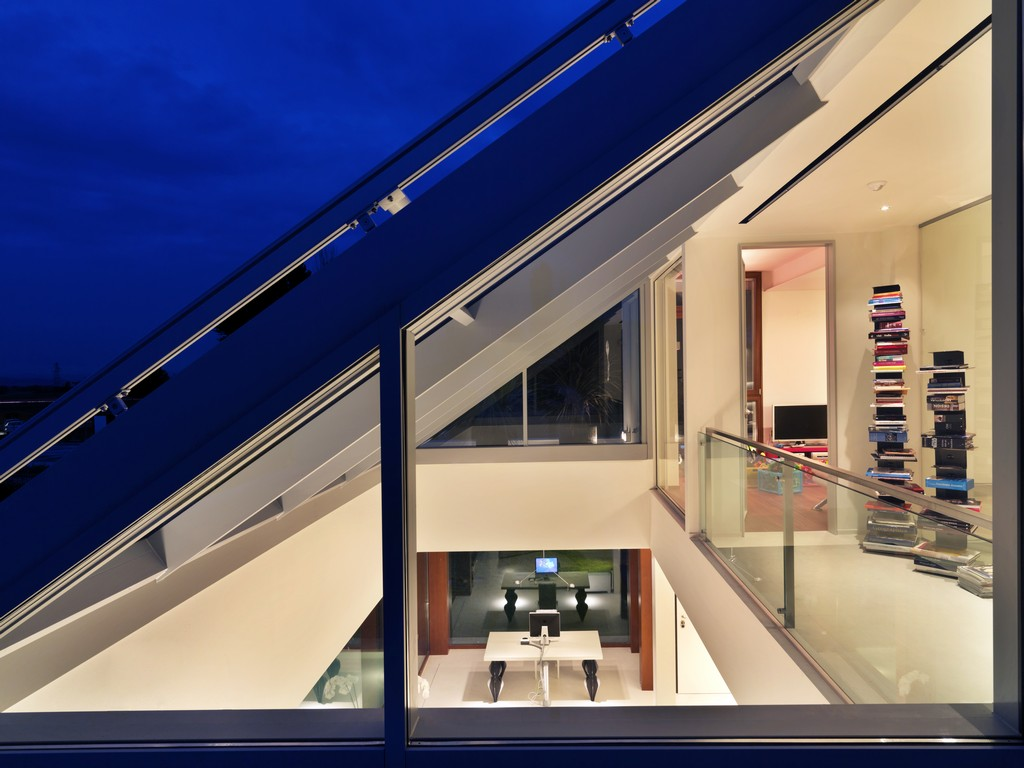Maison de la Lumière by Damilano Studio Architects 15
