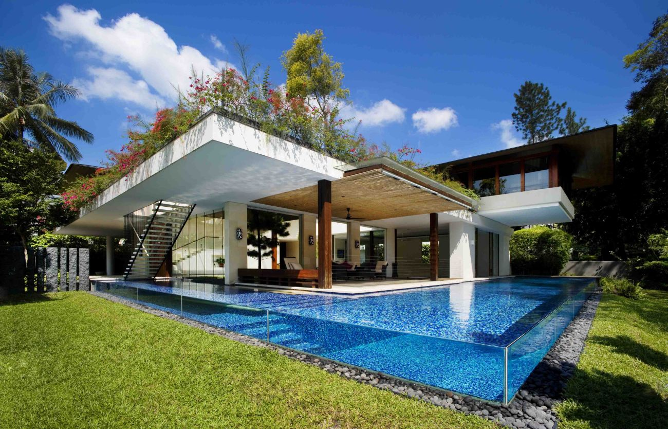 Tangga House Is a amazing Mix of Glass, Water and Wood