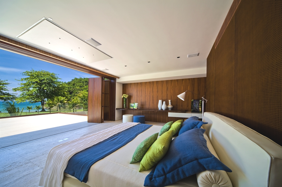 Bedroom with stunning  South Coast view in Brazil