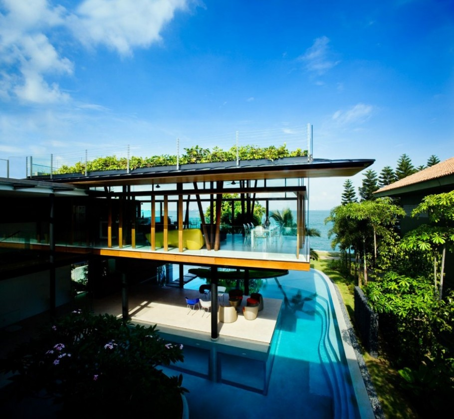 Natural house in Singapore by Guz Architects