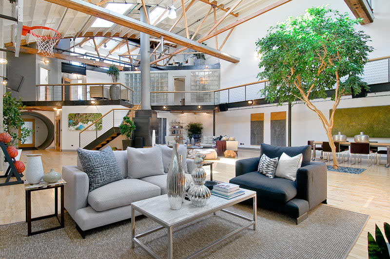Loft in Trendy SoMa (South of Market) in San Francisco, California.