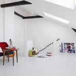 Renovated Duplex Attic Apartment 06