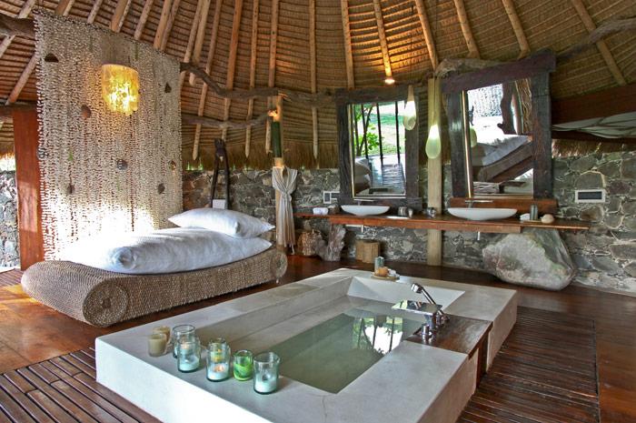 Villa north island seychelles 03 myhouseidea for Holzchalet bauen