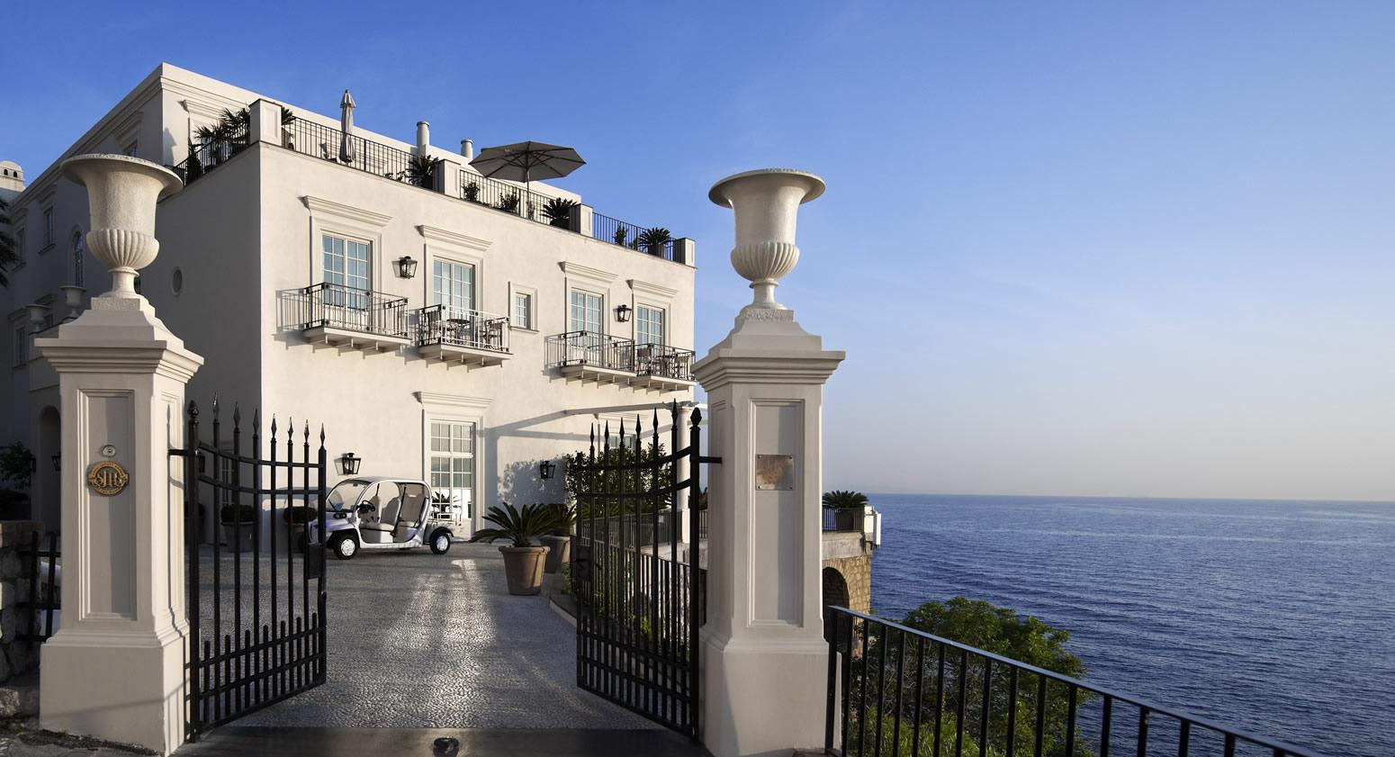 J.K. Place Capri 01