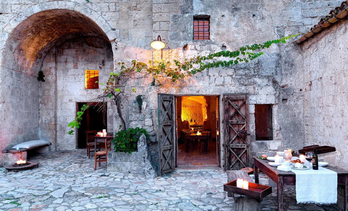 Cave Hotel Sextantio Le Grotte Della Civita 01