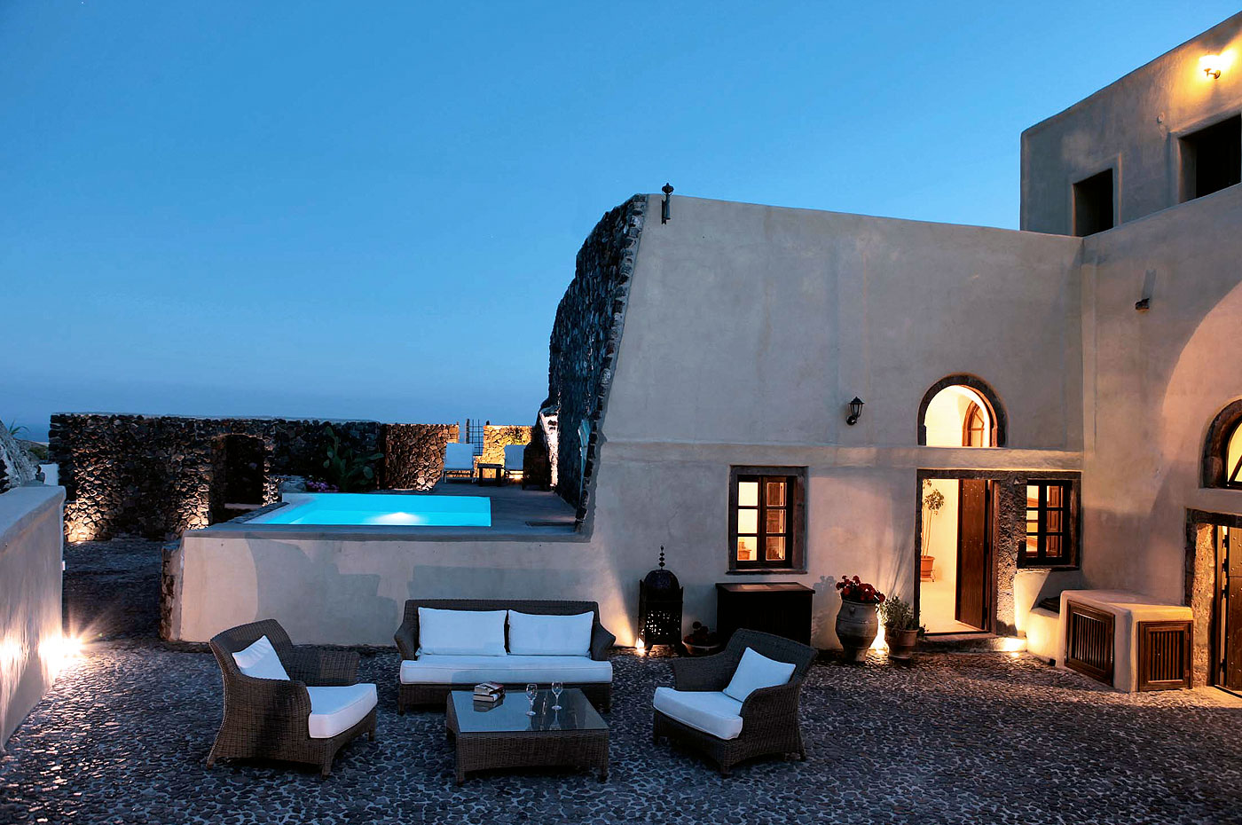 santorini-villas-mansion-kyani-santorini-villas-mansions-santorini-greece-01