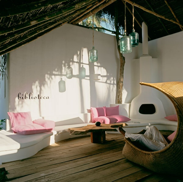 Relax area in open air and under a palapa with chimney