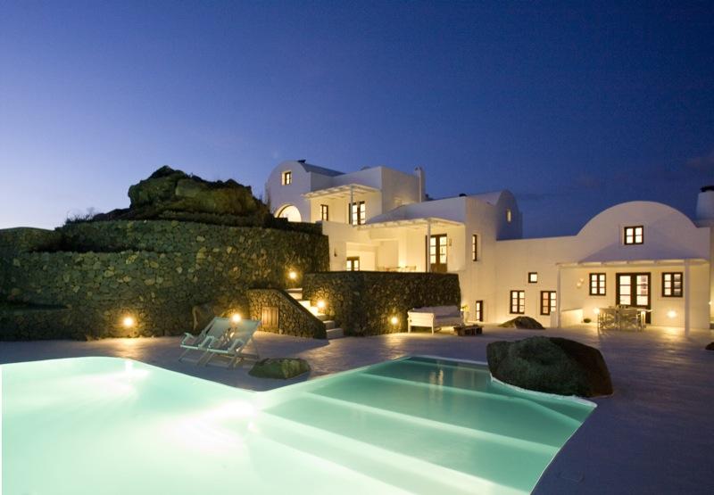 Aenaon Villas Santorini 01