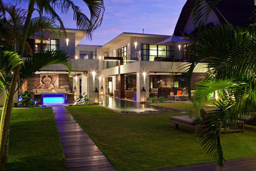 Casa Hannah in Bali, Indonesia by Bo Design. - MyHouseIdea
