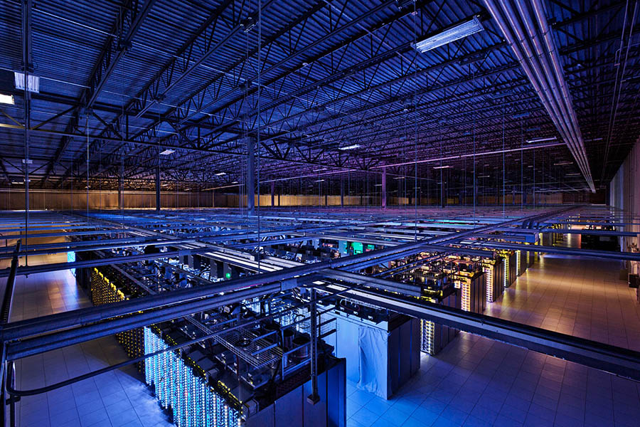 The Insides of Google's data centers 01