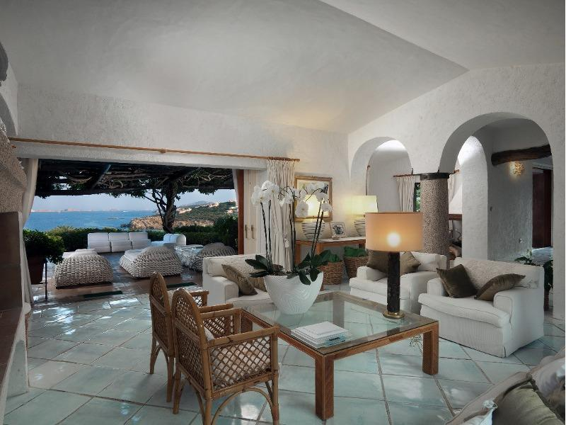 Villa Hermosa Apartments