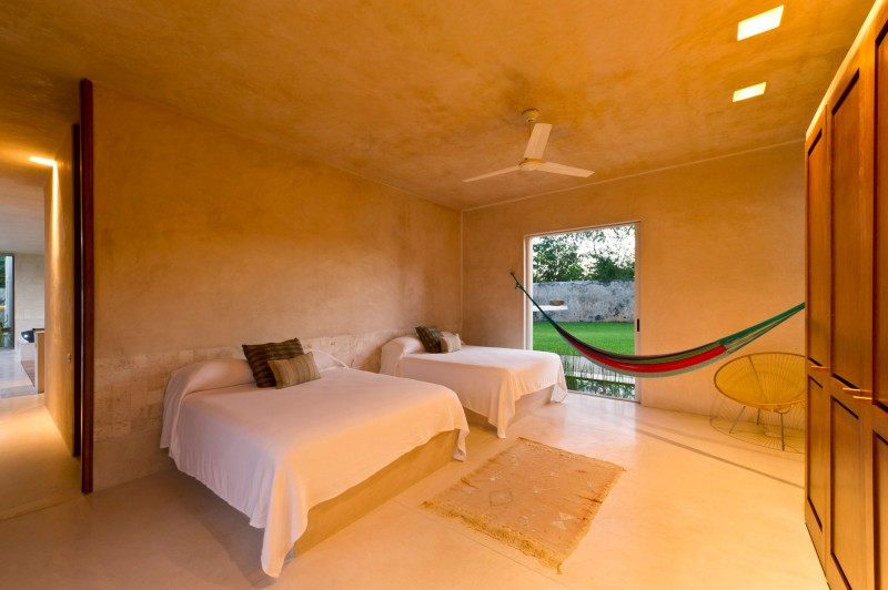 Decordemon casa sisal by reyes r os larra n arquitectos - Arquitectos de interiores famosos ...