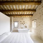 Casa Olivi, 300 Year Old Farmhouse in Italy 09