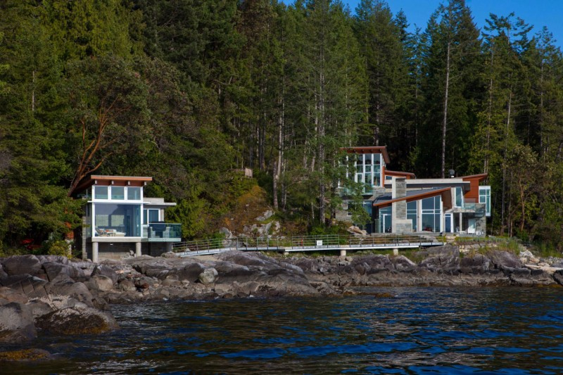 The Pender Harbour House, Canada 01