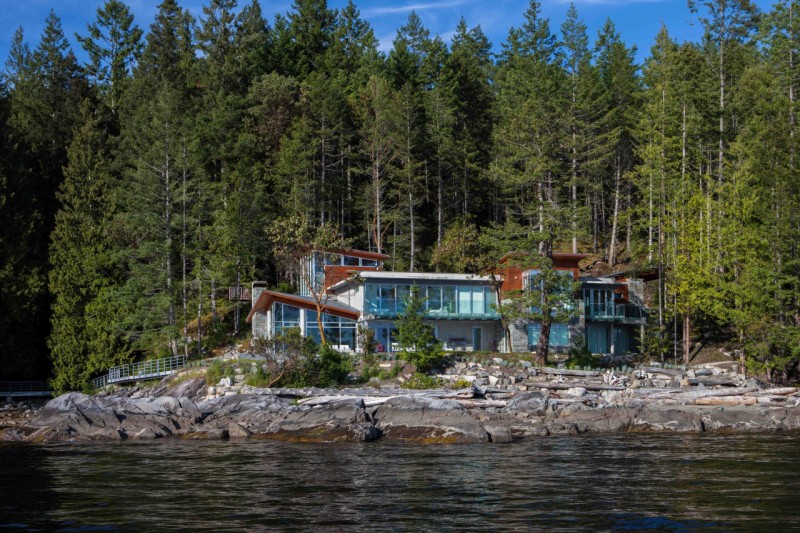 The Pender Harbour House, Canada 18
