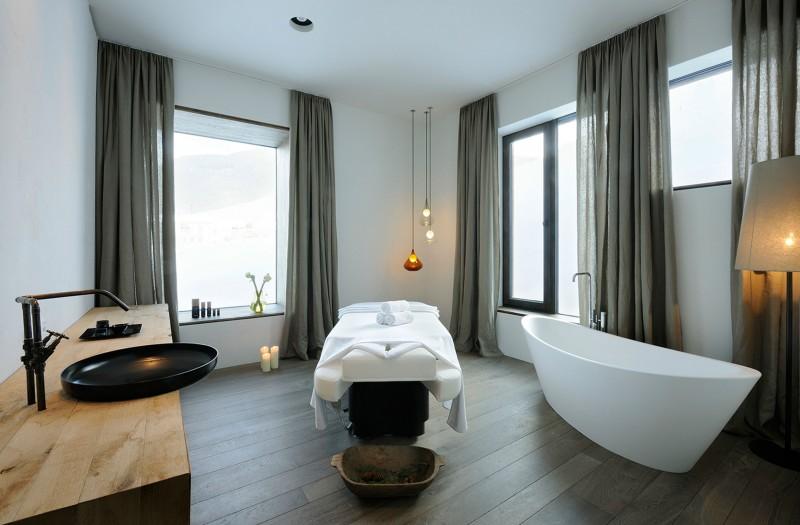 Wiesergut Hotel by Gogl Architekten 16