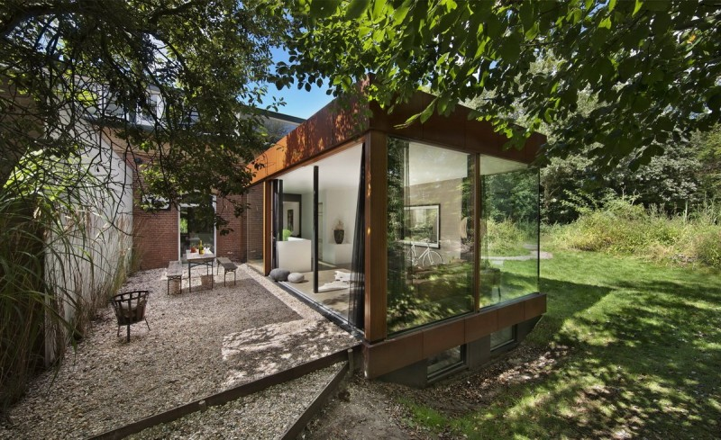 Santpoort Rail House by Zecc Architects and ZW6 Interior 02