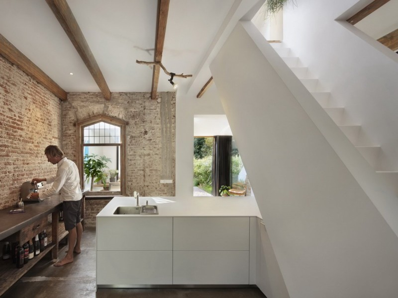 Santpoort Rail House by Zecc Architects and ZW6 Interior 04