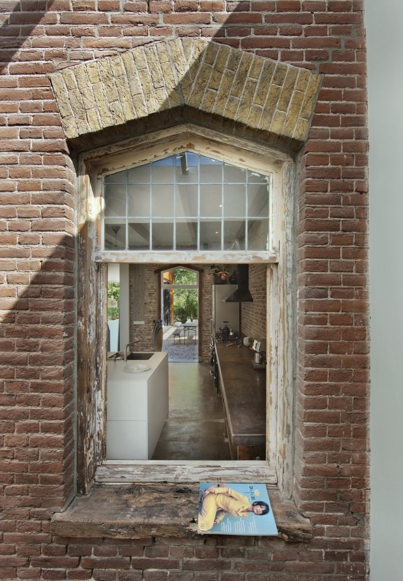 Santpoort Rail House by Zecc Architects and ZW6 Interior 11
