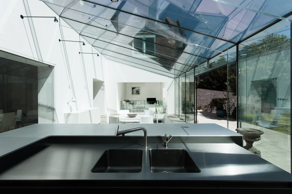 The Glass House By Ar Design Studio 05 Myhouseidea