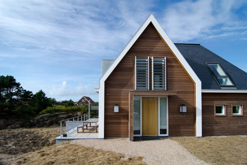 Holiday Home in Vlieland by Van Egmond Total Architecture & FG Projects 01