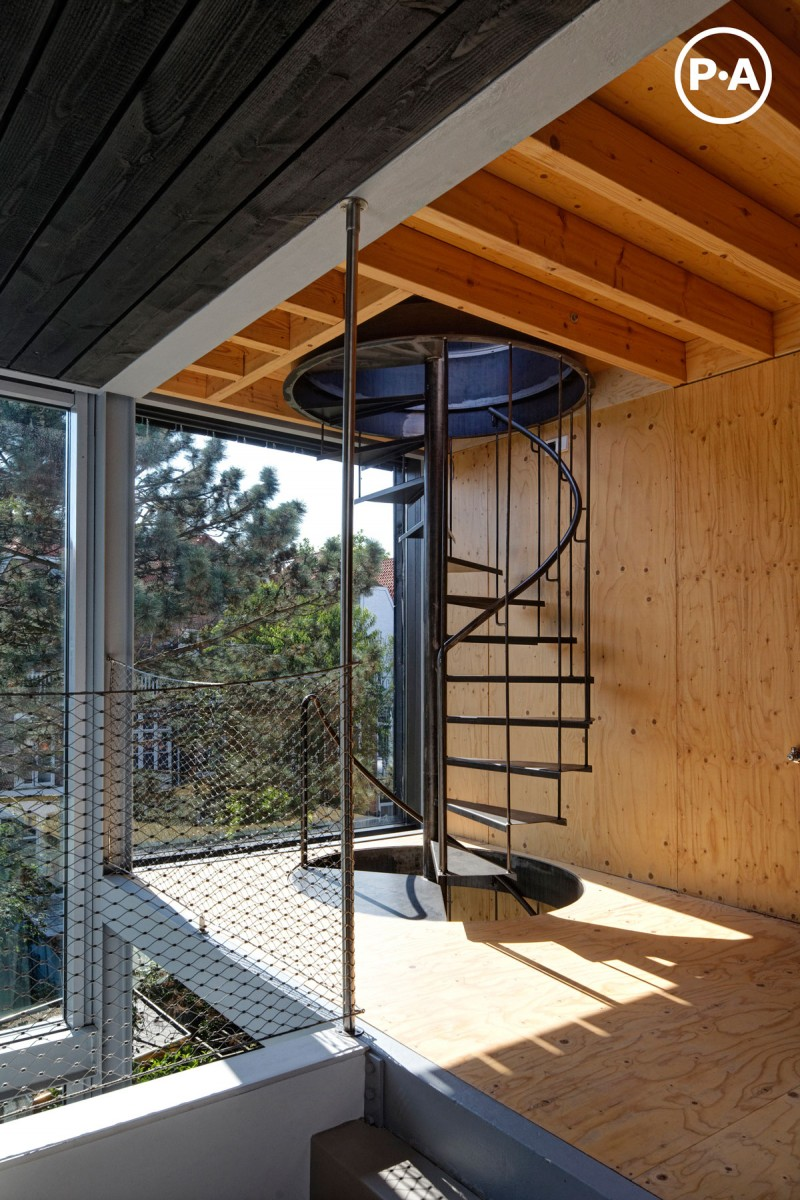 Joyce & Jeroen House renovation by Personal Architecture 06