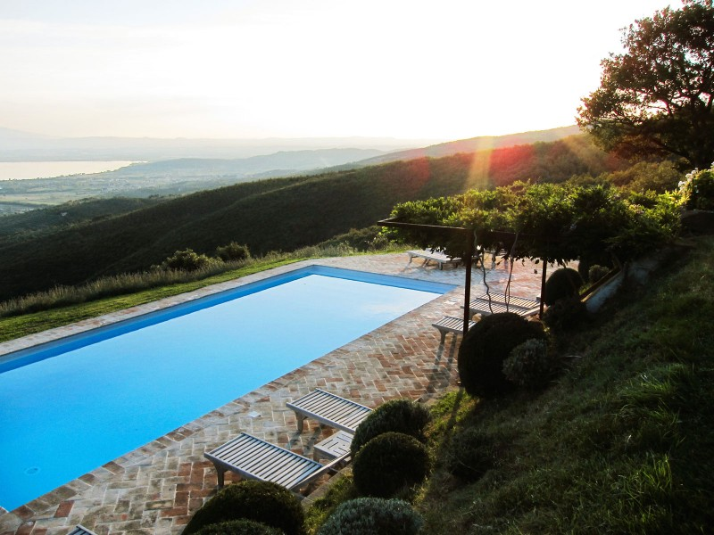 Casa Bramasole, luxury villa in Umbria, Italy 02