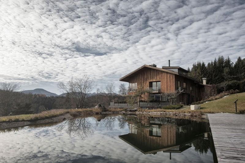Haus Wiesenhof by Gogl Architekten 01