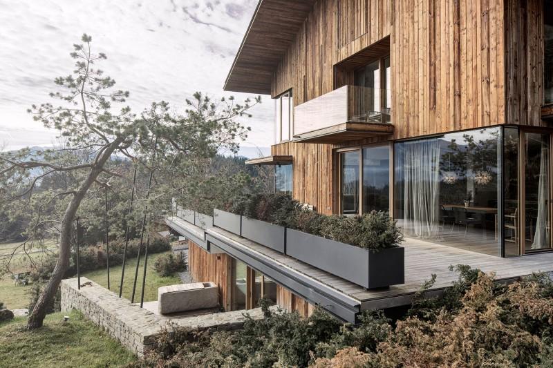 Haus Wiesenhof by Gogl Architekten 02