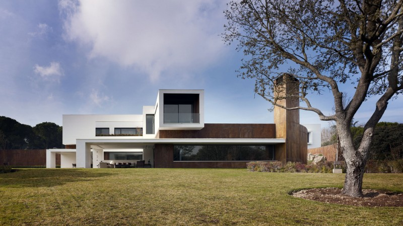 House in La Moraleja by Dahl Architects + GHG Architects 13