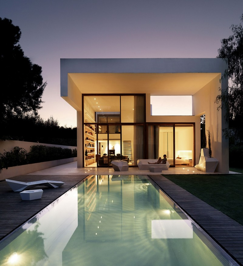 House in Rocafort by Ramon Esteve Studio 01