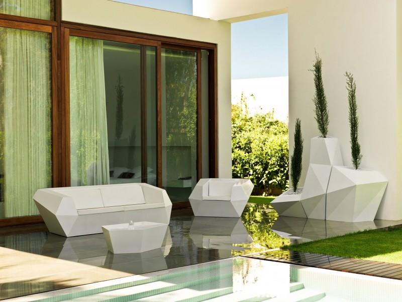 House in Rocafort by Ramon Esteve Studio 04