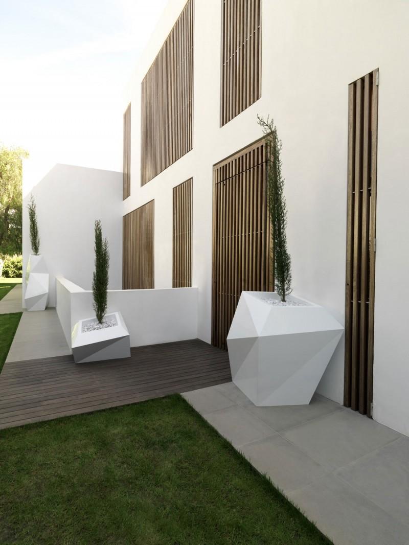 House in Rocafort by Ramon Esteve Studio 08