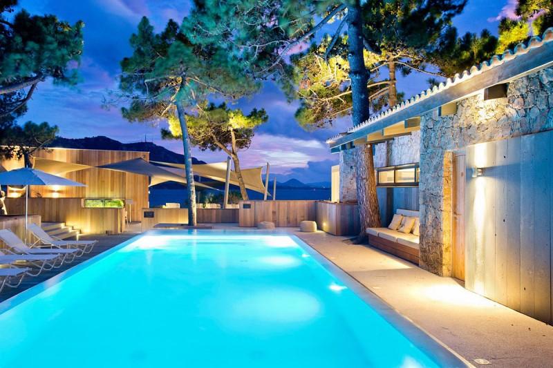 la plage casadelmar hotel 01 myhouseidea. Black Bedroom Furniture Sets. Home Design Ideas