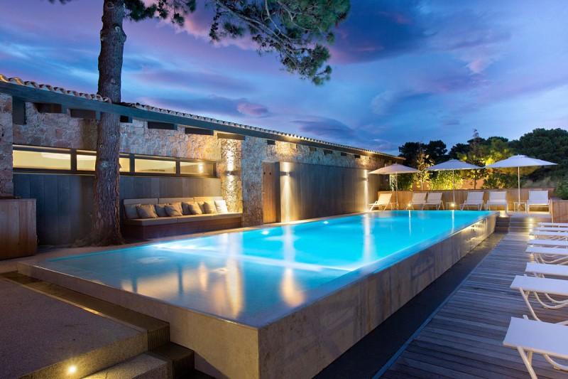 la plage casadelmar hotel 02 myhouseidea. Black Bedroom Furniture Sets. Home Design Ideas