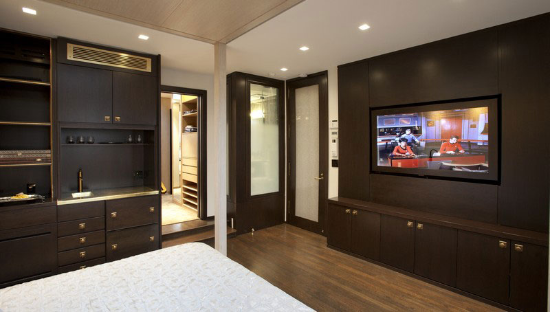 Master Suite BedStair by Perianth Interior Design 04