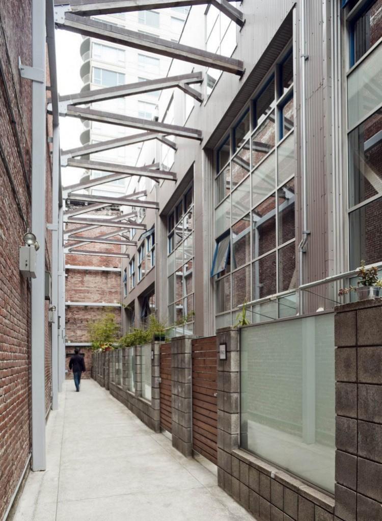 Oriental Warehouse Loft by Edmonds + Lee Architects 15