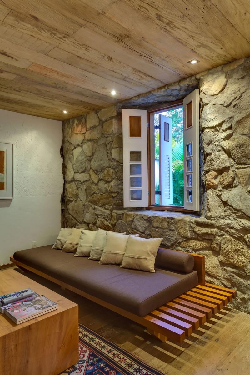 Casa Fazenda by Helena Teixeira Rios e Jacques Rios 14