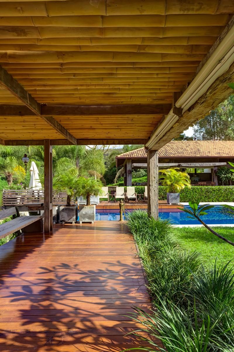 Casa Fazenda by Helena Teixeira Rios e Jacques Rios 16
