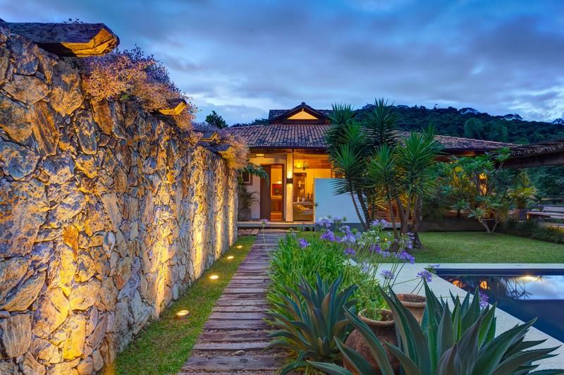 Casa Fazenda by Helena Teixeira Rios e Jacques Rios 17