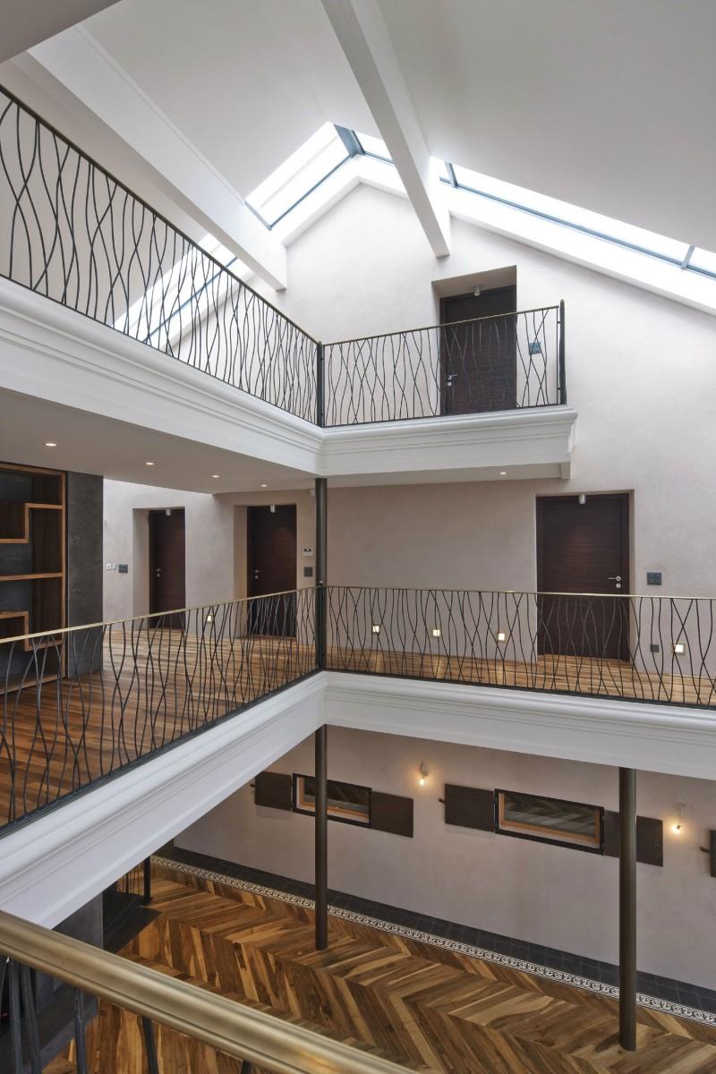 Conversion of farmhouse by arttesa interior design 06