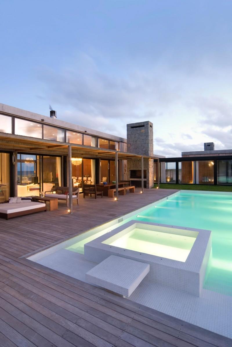 La Boyita Residence by Martin Gomez Arquitectos 02