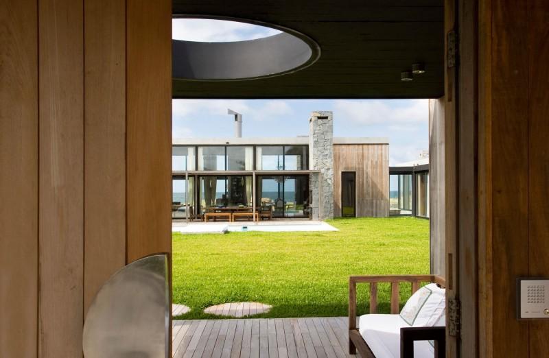 La Boyita Residence by Martin Gomez Arquitectos 15