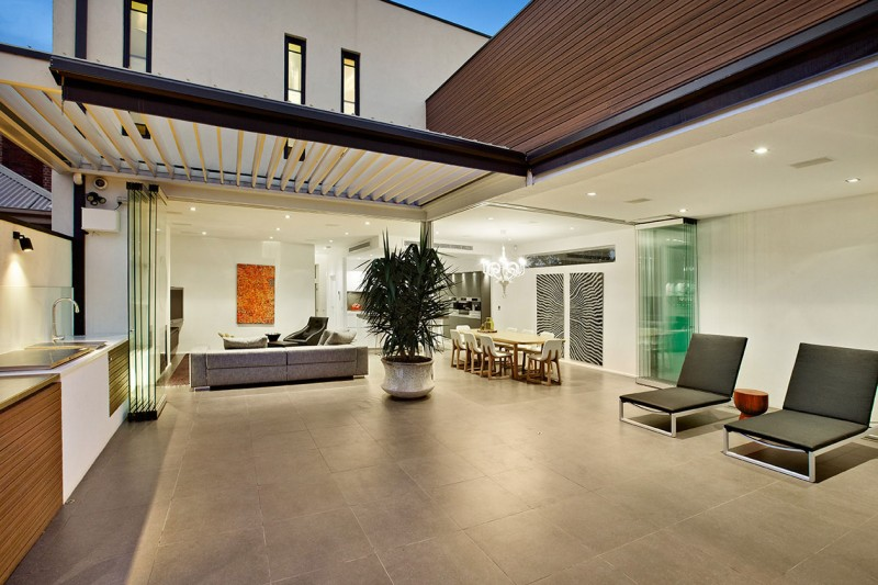 Top of the Hill Residence in Melbourne 03