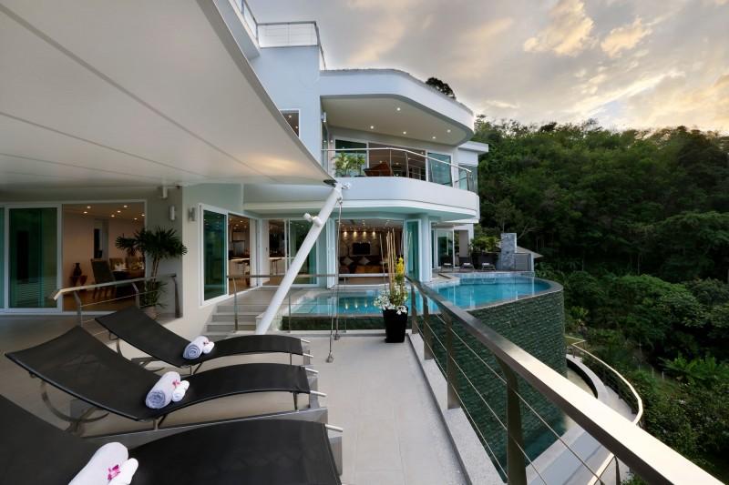 Villa Beyond in Phuket, Thailand 01