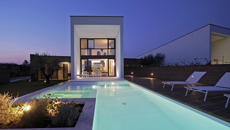Double house in Civita Castellana by Romano Adolini 01