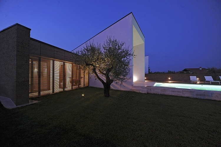 Double house in Civita Castellana by Romano Adolini 08
