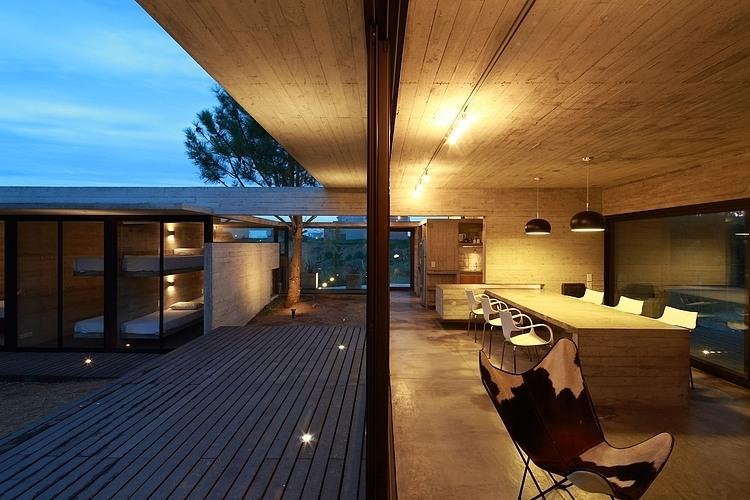 Carassale House by BAK Arquitectos 04